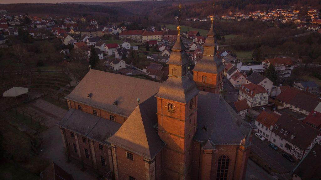 Basilika Walldürn Luftaufnahme Wallfahrtsplatz
